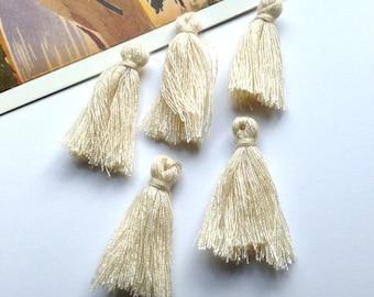 10 mini Cream cotton tassels 25mm