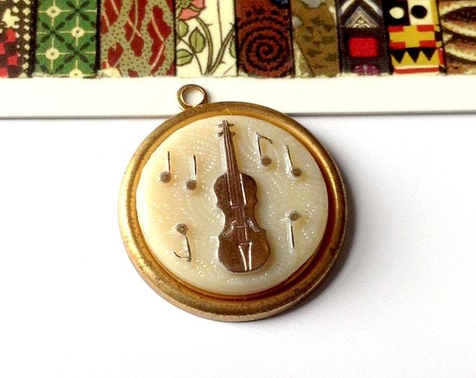 Vintage violin / fiddle charm 25mm