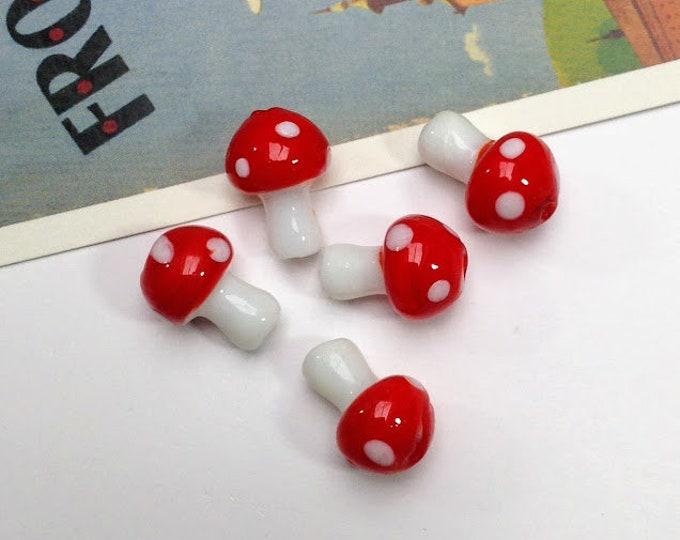 5 Glass Toadstool/Mushroom Beads 16x12mm