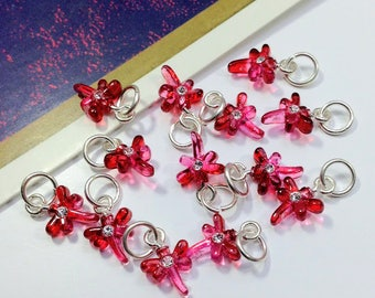 10 hot pink mini dragonfly charms 12x8mm