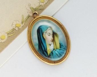 Vintage Virgin Mary charm 33x22 pretty religious pendant