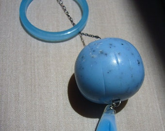 Vintage Turquoise Lucite, Plastic and Glass Bead Lariat