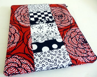 iPad 2 Sleeve, Red Roses Patchwork, Foam Padded Zippered Case also fits iPad 3 and 4