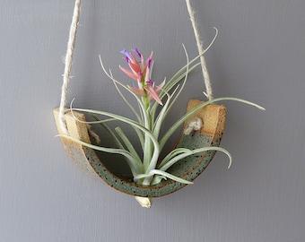 Stunning Small Gunmetal Green Ceramic Tillandsia Hanging Plant Holder Interior Home Decoration Wall Planter Vase