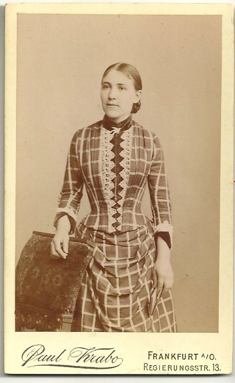 Paul Krabo German cdv lady in unusual dress fashion Victorian image 0
