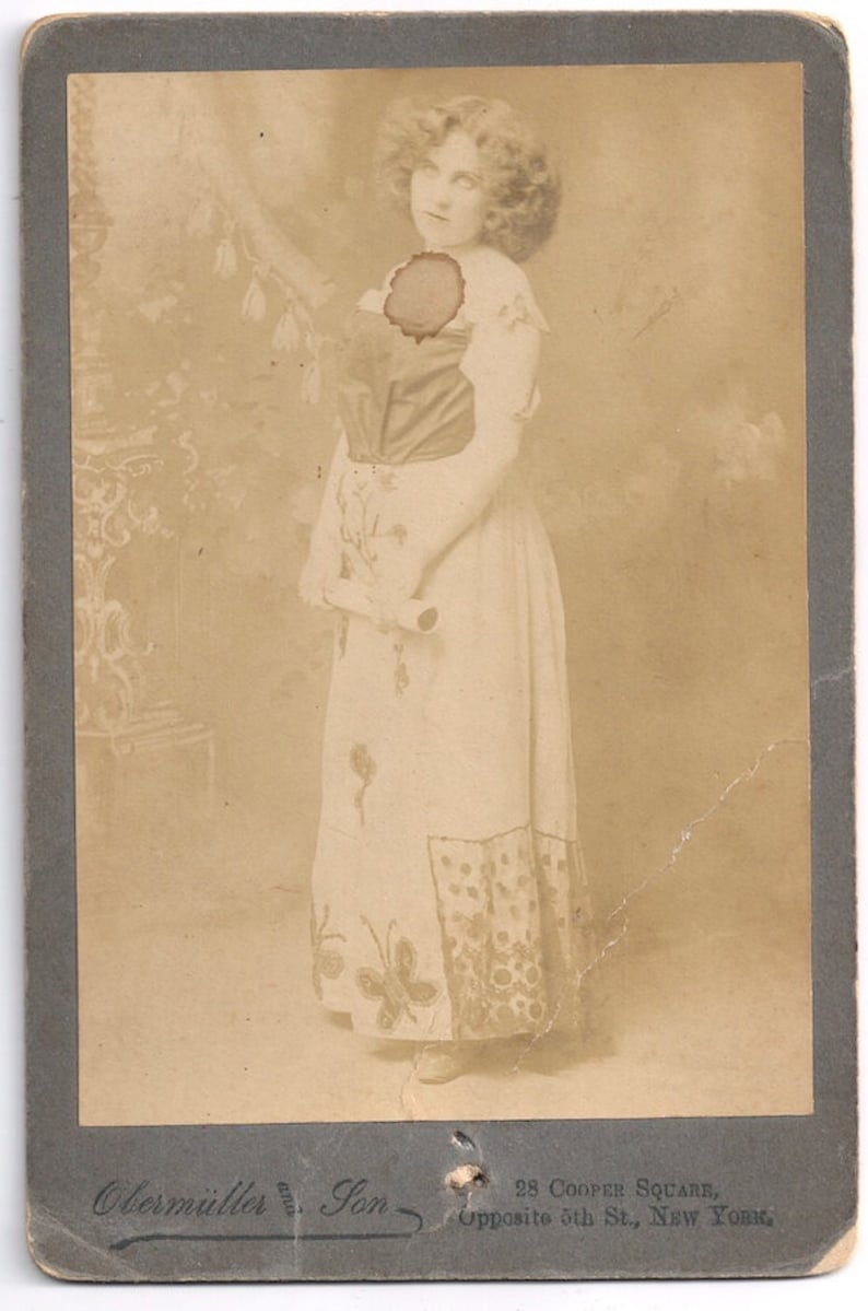 Obermuller cabinet card NY circus actress oddity butterfly image 0