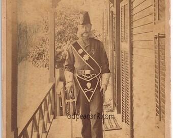 Mason skull uniform secret society 1800s cabinet card photo Rhode island