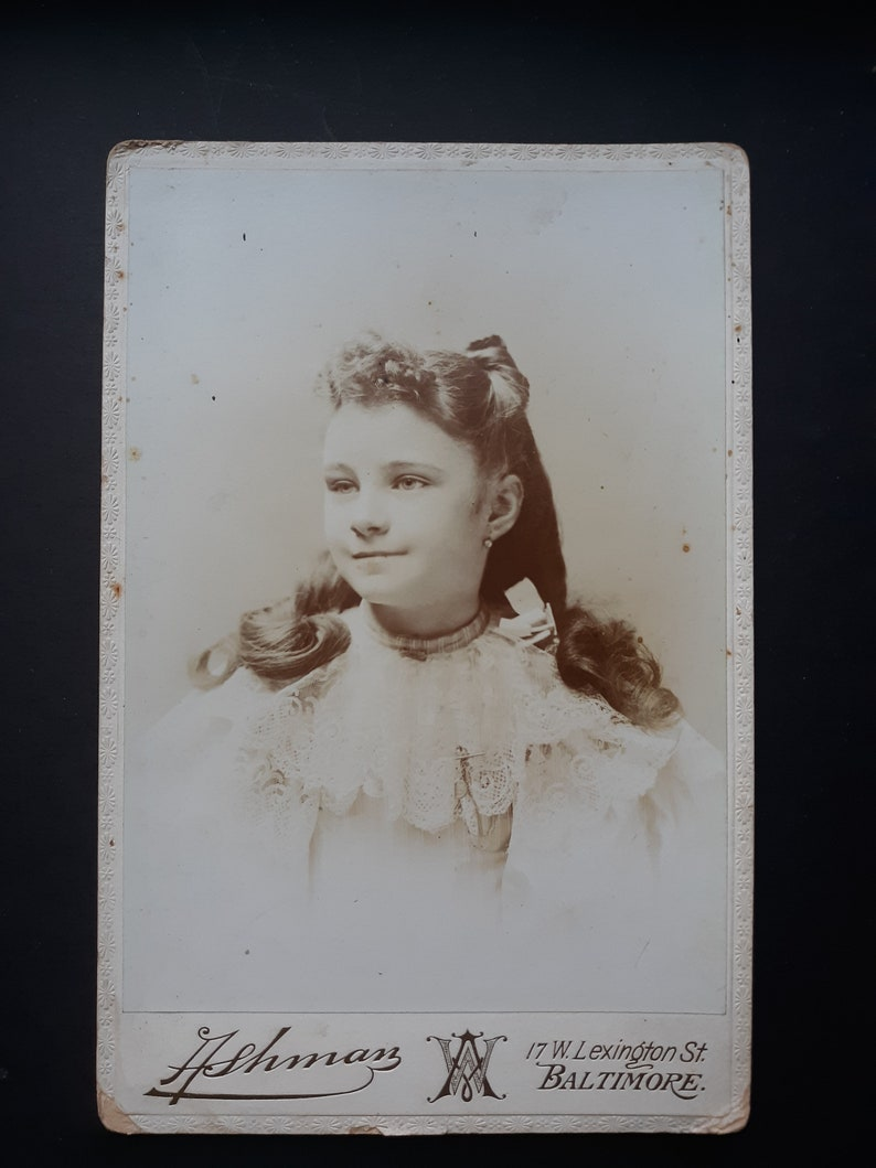 Beautiful long haired Baltimore girl cabinet card vintage image 0