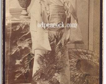 Boudoir card Japanese peacock kimono fan orientalist antique photo parasol