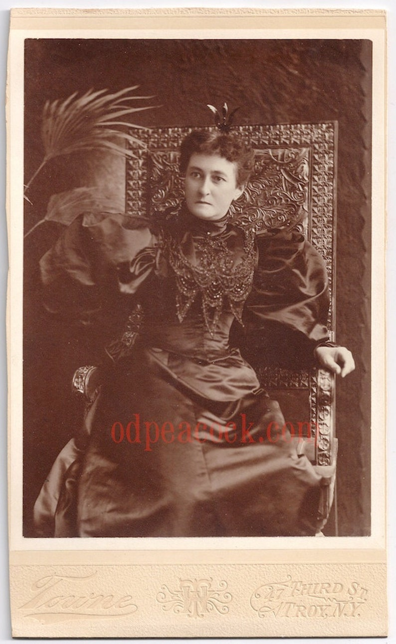 Amazing black Victorian dress lady antique photo cabinet card image 0