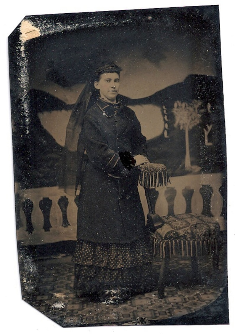 tintype girl with veil painted backdrop photographer's image 0