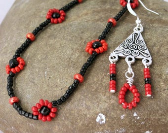 red and black daisy chain necklace with matching earrings, boho jewelry set