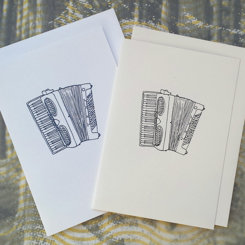Accordion Illustration Note Card image 0