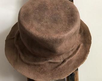 Tree roots hat, Edwardian style, tomokotahara, distressed wool felt hat