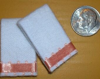 2 Miniature Dollhouse White Bath TOWELS #7004 YELLOW /& BLUE Trim 1:12 Scale