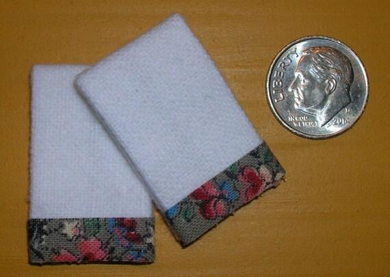 2 Miniature Dollhouse White Bath TOWELS #7011 MINT GREEN Trim 1:12 Scale