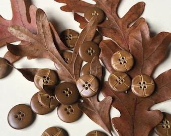 Leather Look Brown Genuine Vintage Set Plastic Buttons Shanked
