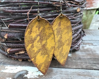 Painted Leather Earrings-Remnants Collection-Large Pinched Leaves-Mustard Houndstooth