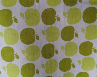 Sandy Henderson Apple Dot Green