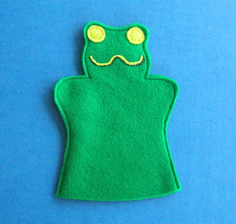 Frog Puppet / Green Felt Frog Puppet / Birthday Party Favor / image 0