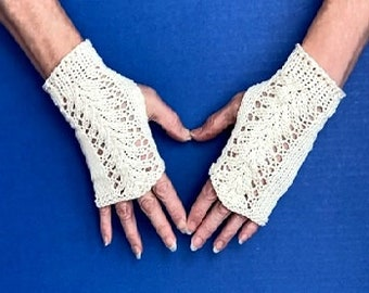 Lace Bridal Gloves Small / Off White Cotton Knit Fingerless Gloves / Wedding Lace Gloves / First Communion Gloves / Custom Requests Welcome