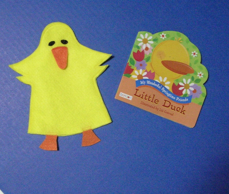Duck Felt Puppet and Book Set / Easter Toy / Party Favor / image 0