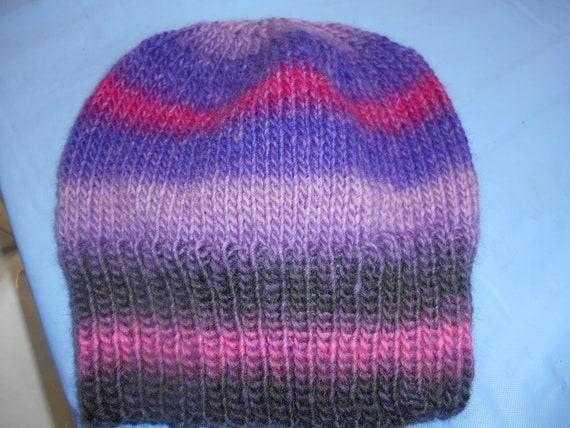 69f81db3ac9 Hand knit knitted 100 % wool POEMS yarn by Universal watch cap