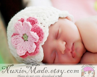 White Crochet Girl Hat with Pink Flowers, 3-6 Months Baby Girl Hat, White Cloche Hat, Baby Cloche Hat, Baby Girl White Winter Hat, Baby Gift