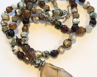 Necklace- Long and Lovely Faceted Agate