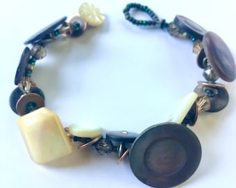 Beach Vibe- Bracelet From Vintage MOP Buttons