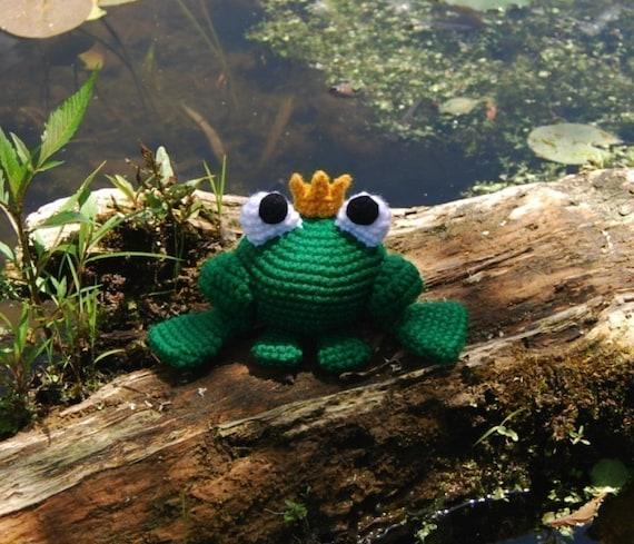 Amigurumi Frog Prince Free Pattern – Amigurumi Free Patterns And ... | 489x570