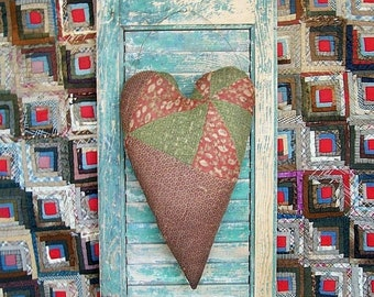 Primitive Heart Door Hanger, Antique Quilt Wall Decor, Country Rustic Farmhouse Decor, Brown Green Red - WORN OUT - Ready to Ship