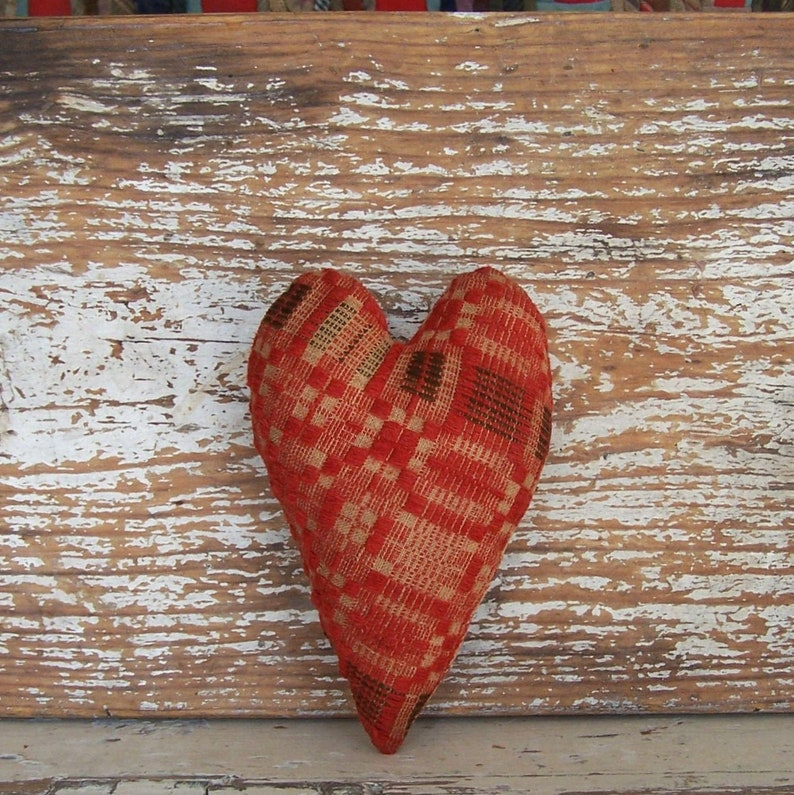 RESERVED FOR JEANNIE  Rustic Heart Ornament or Bowl Filler image 0