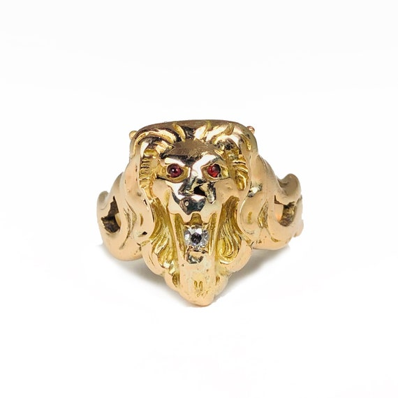 1900s Lion Head Poison Ring