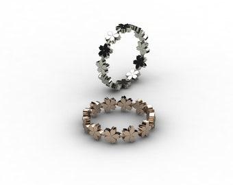 Tiny Sakuras (Number4) Ring.