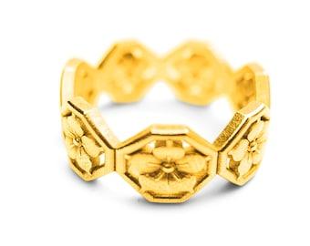 Kamon Ring
