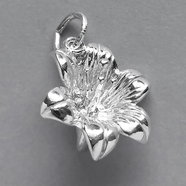 Lily Flower Sterling Silver Bracelet Charm Solid .925 Floral Gardening Florist