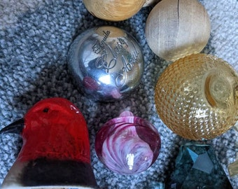 Lot of 16 Liquor Glass Genie Bottle Decanter Stoppers
