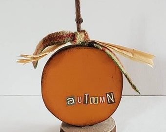 autumn pumpkin wood assemblage thanksgiving