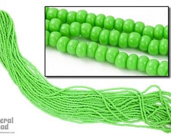 10 Gm, Hank, 1//2 Kilo #CSH017 12//0 Opaque Pea Green Czech Seed Bead