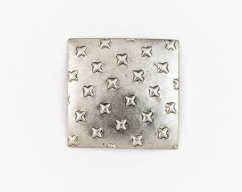 25mm Antique Silver Domed Square with Crosses #ZWS027