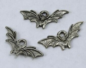20mm Antique Pewter Bat Charm #CMB760