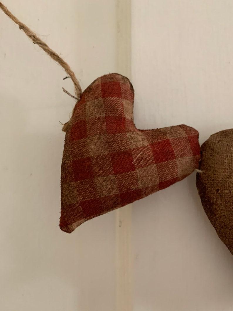 Primitive Valentine 3 Heart Garland