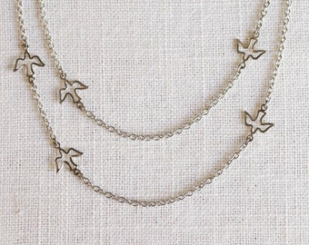 layered bird necklace . delicate bird necklace . bird silhouette necklace . flying bird necklace . delicate layered necklace