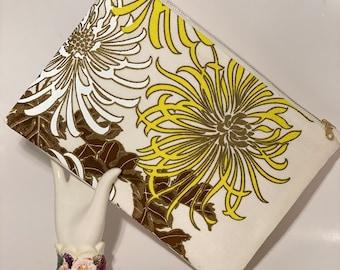 Floral Purse, Clutch bag, Linen Clutch, Simple Purse, Summer clutch, Vintage Alfred Shaheen fabric clutch purse