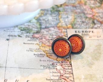 vintage sunburst scandinavian mosaic framed post earrings- yellow and orange