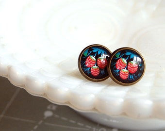 vintage inspired summer strawberries framed post earrings- strawberry