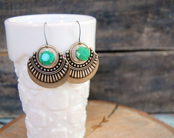 boho vintage jadeite dangle earrings- moroccan influence- vintage stones