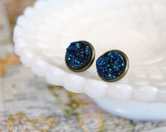 faux druzy stone framed post earrings- sparkly midnight blue