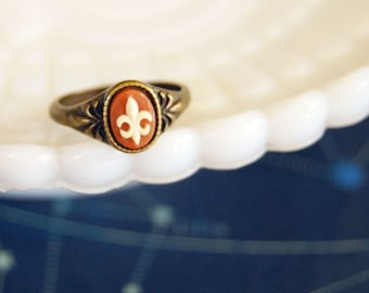 fleur de lis vintage carnelian cameo ring- tiny french style antiqued brass- lousiana- canada